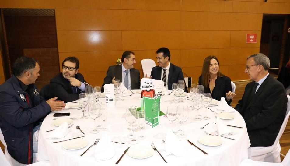 Más imágenes de las mesas