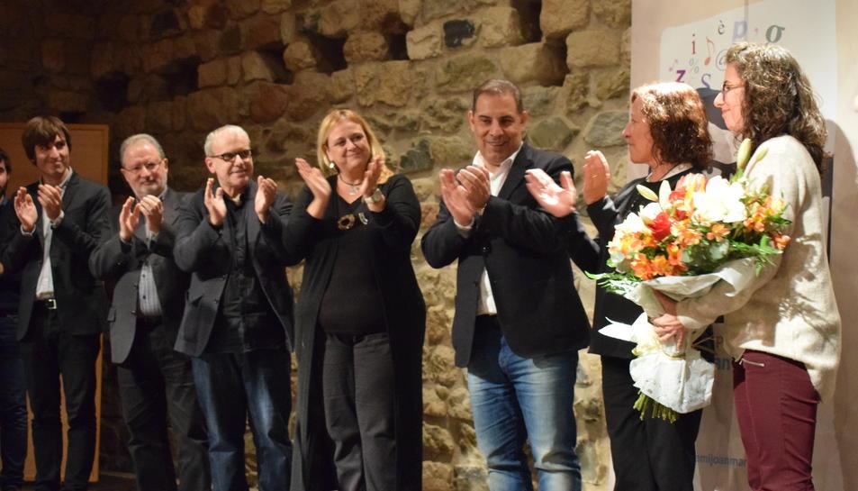 La família de Joan Marc Salvat va rebre un ram de flors.