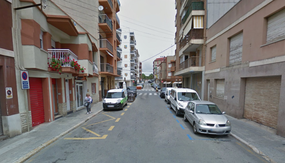 Els fets es van produitr al carrer Juan Sebastián ElCano de Cambrils.