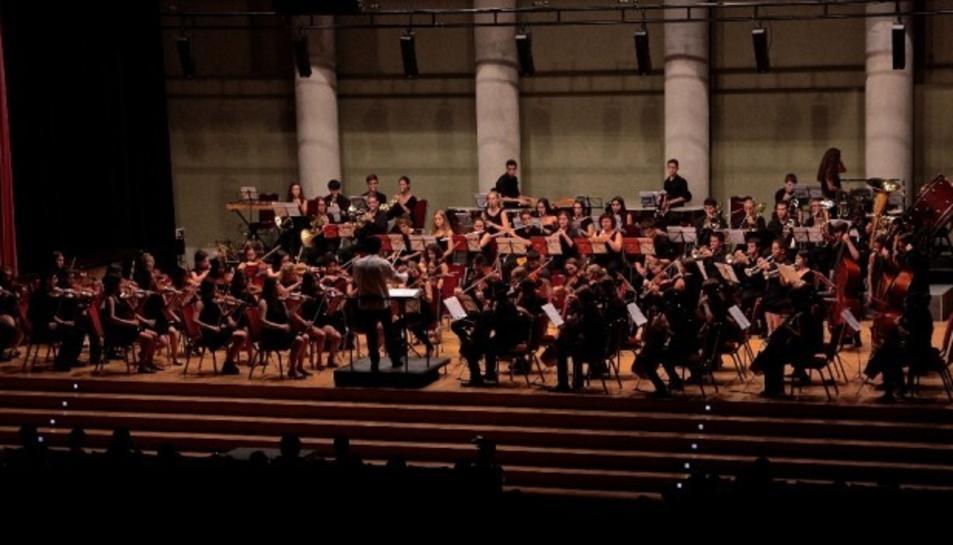 Imatge d'arxiu dels alumnes de l'Escola i Conservatori de la Diputació a Tarragona en un concert.