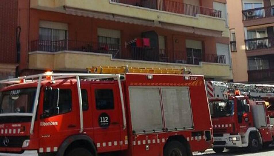 Imatges d'arxiu d'un incendi a Tortosa