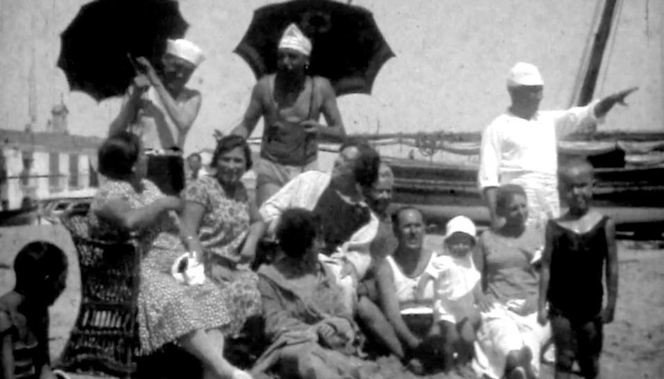 Captura del documental 'Baix a Mar. Els estius a la Torredembarra dels anys 20 als 40 del segle XX'