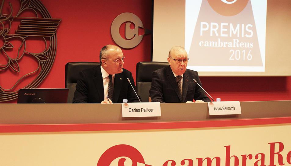 Carles Pellicer i Isaac Sanromà durant la presentació dels premiats.