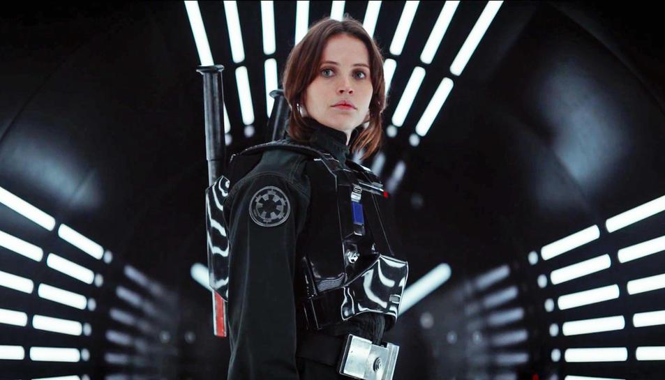 La pel·lícula està protagonitzada per Felicity Jones.