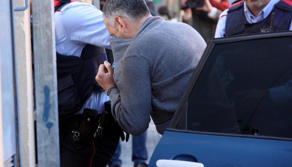 Primer pla de l'home que aquest dilluns va envestir dues ciclistes, una d'elles mortalment, a l'Alt Camp, quan passava a disposició judicial a Valls