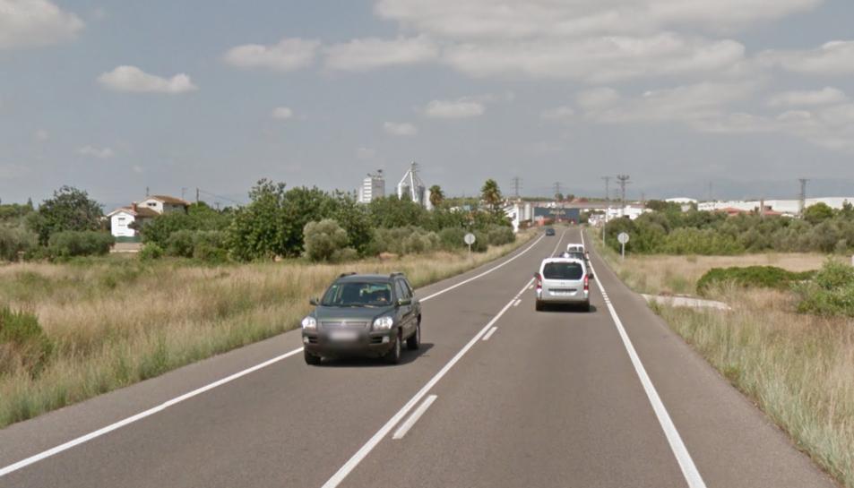 La topada entre l'autocaravana i un turisme s'ha produït a la C-12 al seu pas per Amposta.