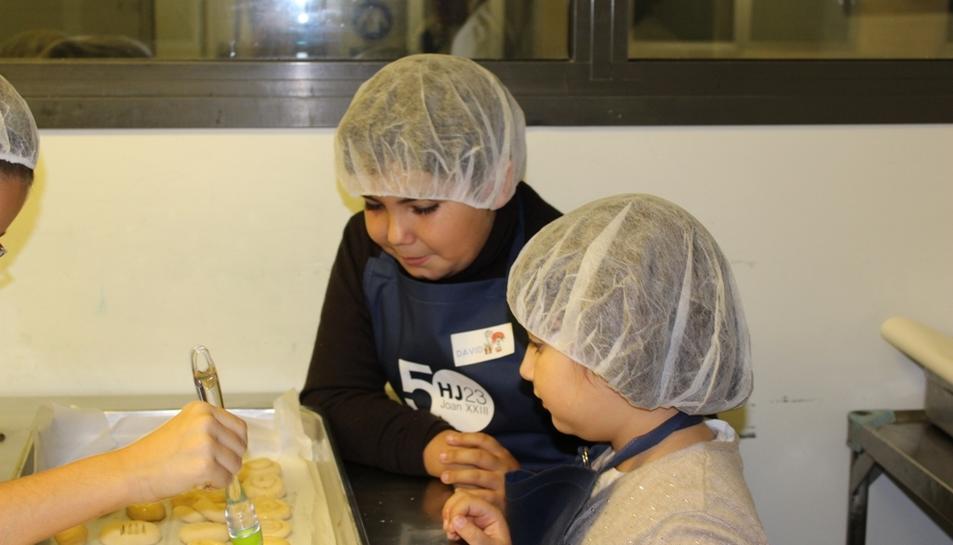 Els nens van aprendre a fer quatre receptes diferents.