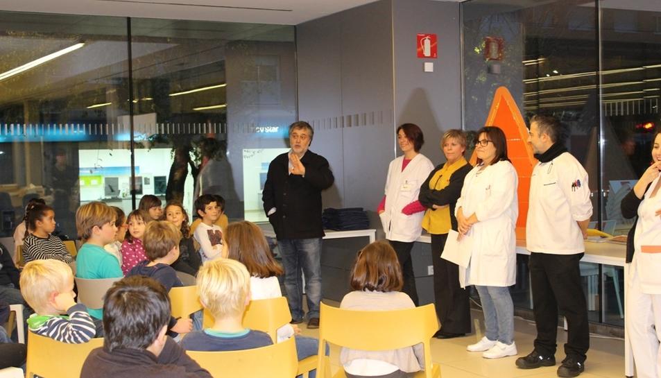El taller de cuina va ser impartit pels professionals del servei de cuina de l'Hospital Joan XXIII.