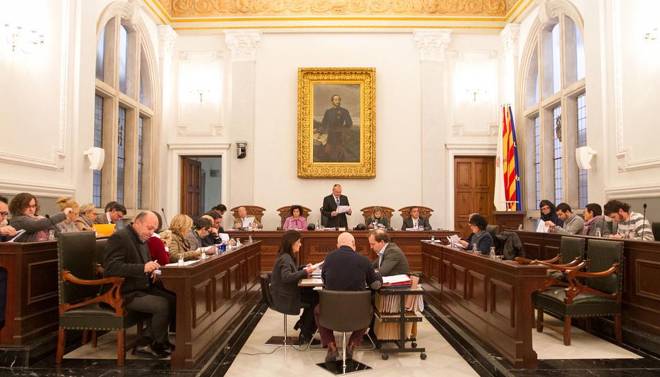 Sessió del ple ordinari celebrat aquest dilluns a l'Ajuntament de Reus.