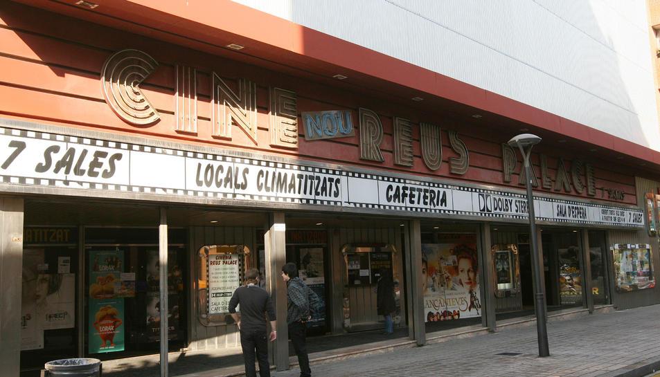 Una imatge d'arxiu dels cinemes, els únics oberts ara a la ciutat.