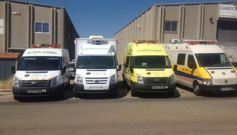 Quatre dels vehicles sanitaris de l'empresa no han passat la ITV.