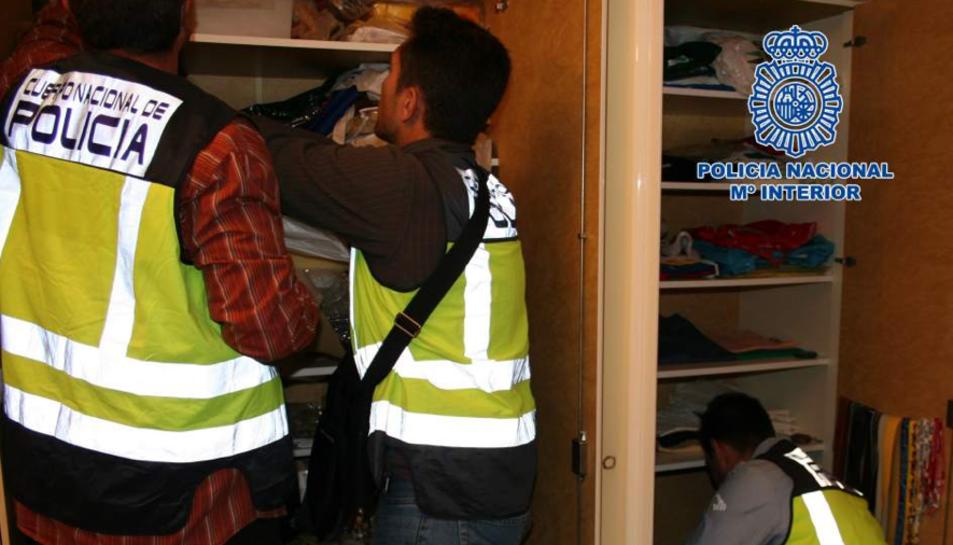 La Policia ha detingut un total de 20 persones que formaven l'organització criminal.