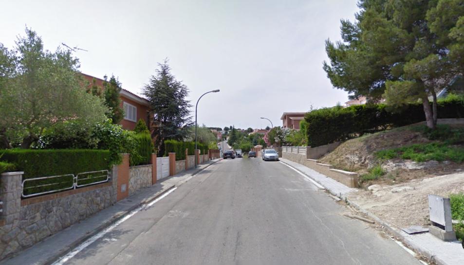 El robatori s'ha produït en una casa del carrer Isaac Albeniz de la urbanització Els Boscos.