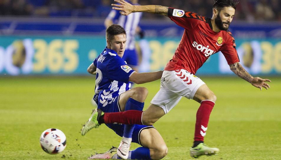 Lobato i Vigaray, en una instant de la tornada de setzens de Copa del Rei que va portar els homes de Vicente Moreno a Mendizorroza.