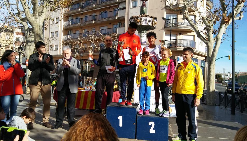 Guanyadors de la cursa de 800 metres de la 6a Sant Silvestre del Vendrell.
