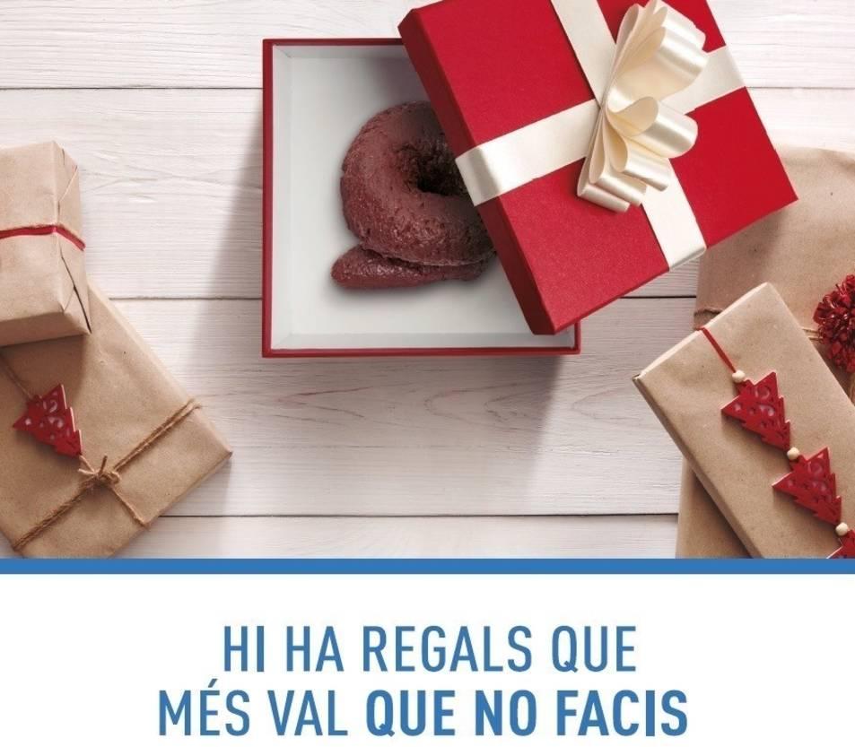 Imatge de la nova campanya de l'Ajuntament d'Esplugues de Llobregat per conscienciar sobre la necessitat de recollir els excrements dels gossos.