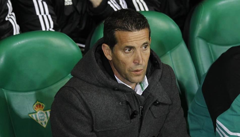 L'entrenador Juan Merino, en una imatge durant un dels enfrontaments al seu pas pel Betis.