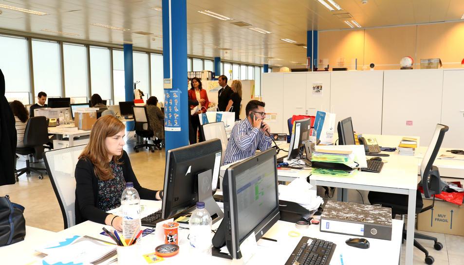 Oficina on treballen la majoria dels empleats de l'organització dels Jocs, situada a les instal·lacions del Marina Port Tàrraco.