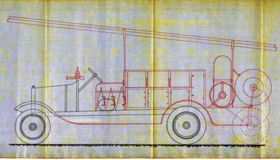 Els plànols d'un vehicle de bombers.