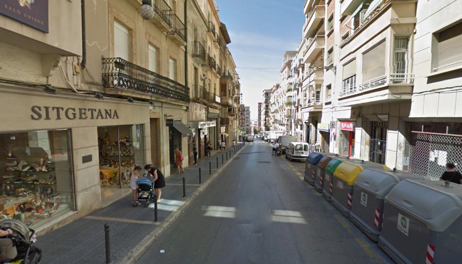 El carrer de la Unió és una de les vies comercials de la ciutat.