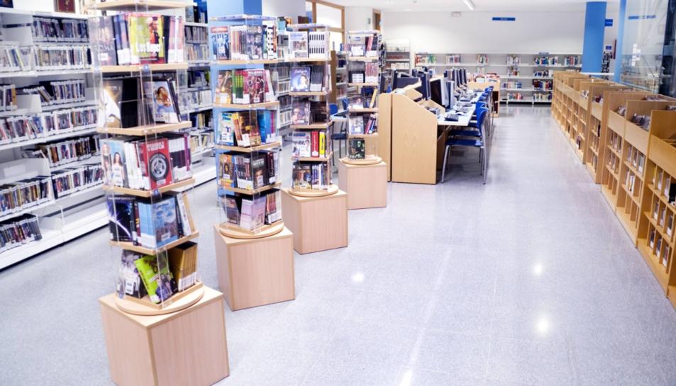 Imatge de la Biblioteca Pública Municipal de Cambrils.