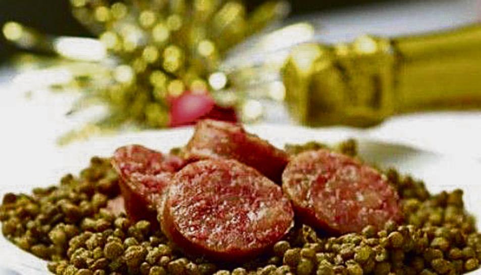 A Itàlia és típic menjar llenties acompanyades de cotecino, un embotit similar al xoriço.