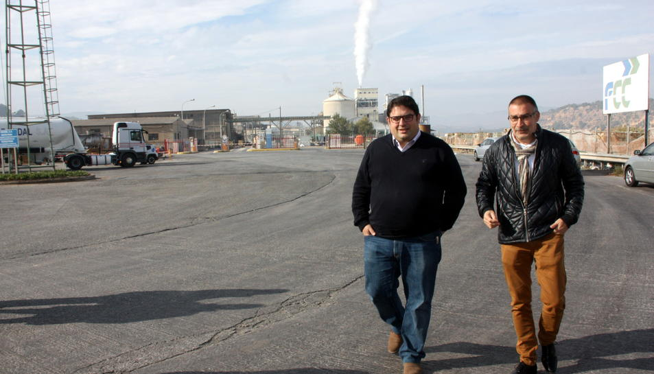 L'alcalde de Flix, a la dreta, en una imatge d'arxiu amb