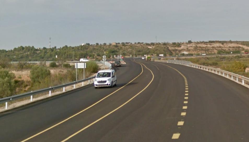 L'accident s'ha produït a la N-420 al seu pas per Móra la Nova.