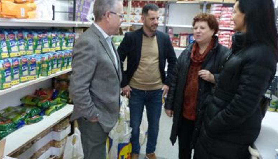L'alcalde de Salou, Pere Granados, i la regidora d'Infància, Júlia Gómez, han visitat ambdues entitats