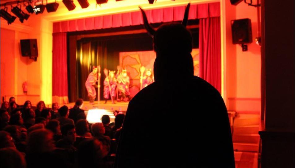 Imatge d'arxiu de la representació de l'obra 'Els Pastorets: Belluguet i Bieló' a l'Orfeó reusenc.