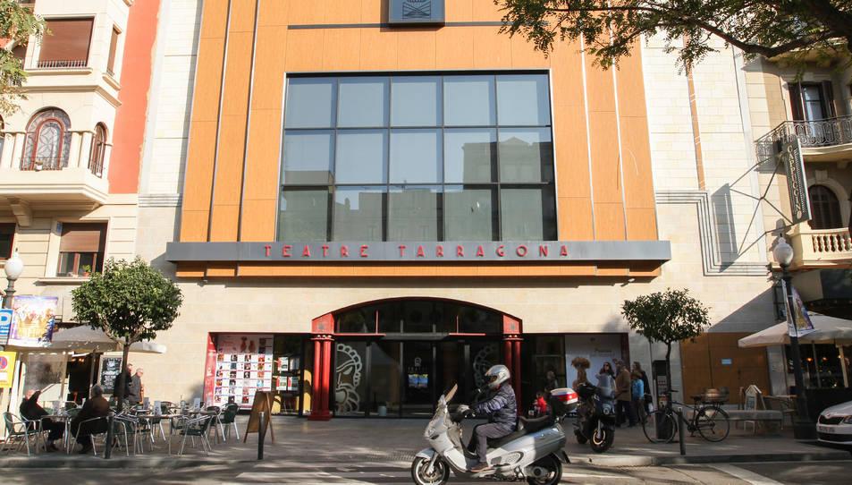 Façana del Teatre Tarragona, ubicat a la Rambla Nova.