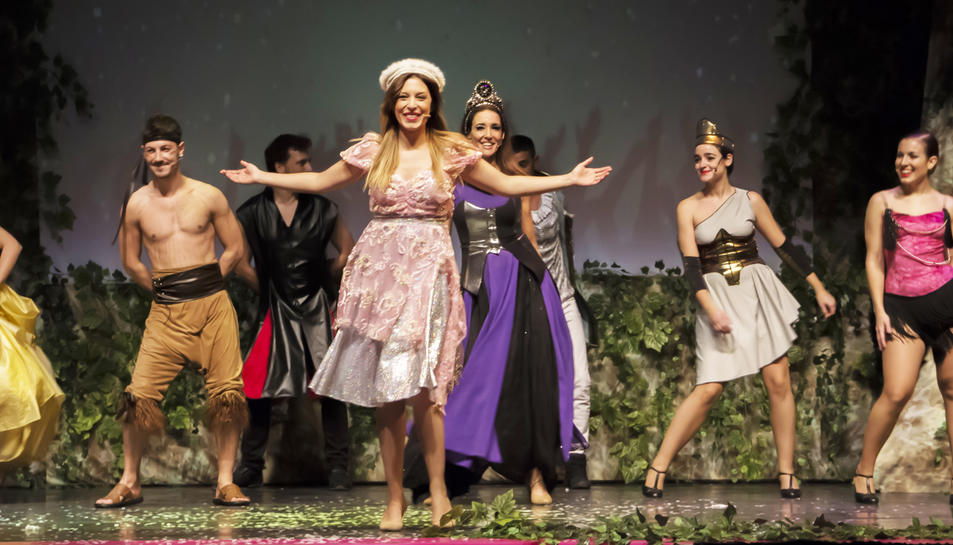 'Gisela y el libro mágico' explica les aventures d'una fada a través de diverses cançons de pel·lícules Disney.