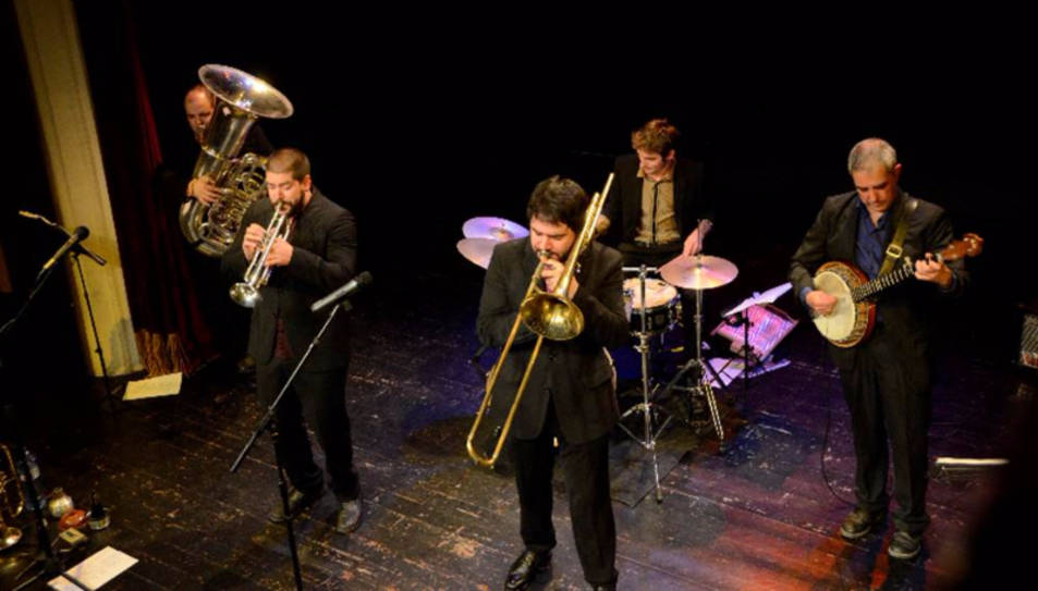 Stromboli jazz band prepara el segon disc