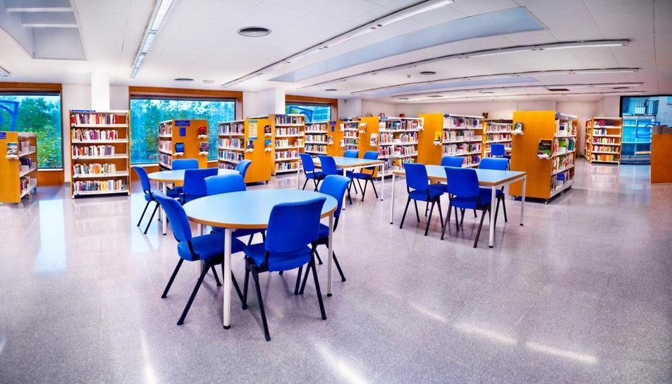 Una de les sales de la biblioteca.
