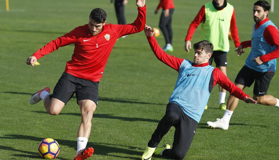 Vélez durant un entrenament.