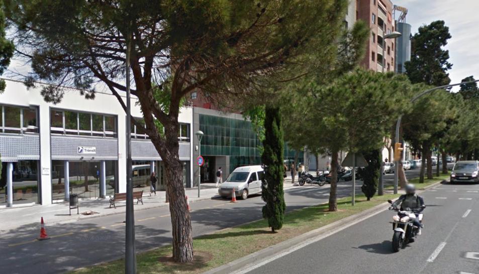 Els fets s'han produït a l'avinguda Roma, a l'alçada de l'edifici de Trànsit.