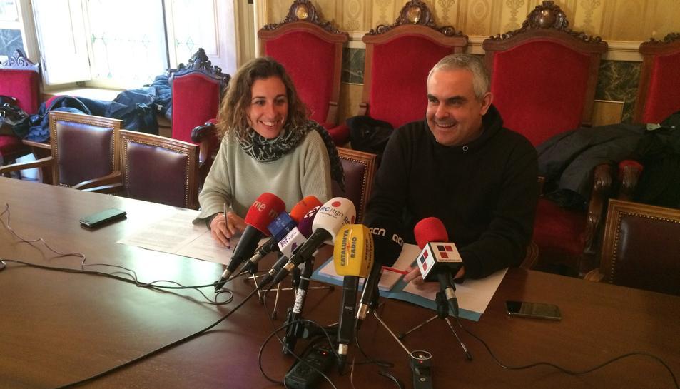 Laia Estrada i Jordi Martí, regidors de la CUP a l'Ajuntament de Tarragona.