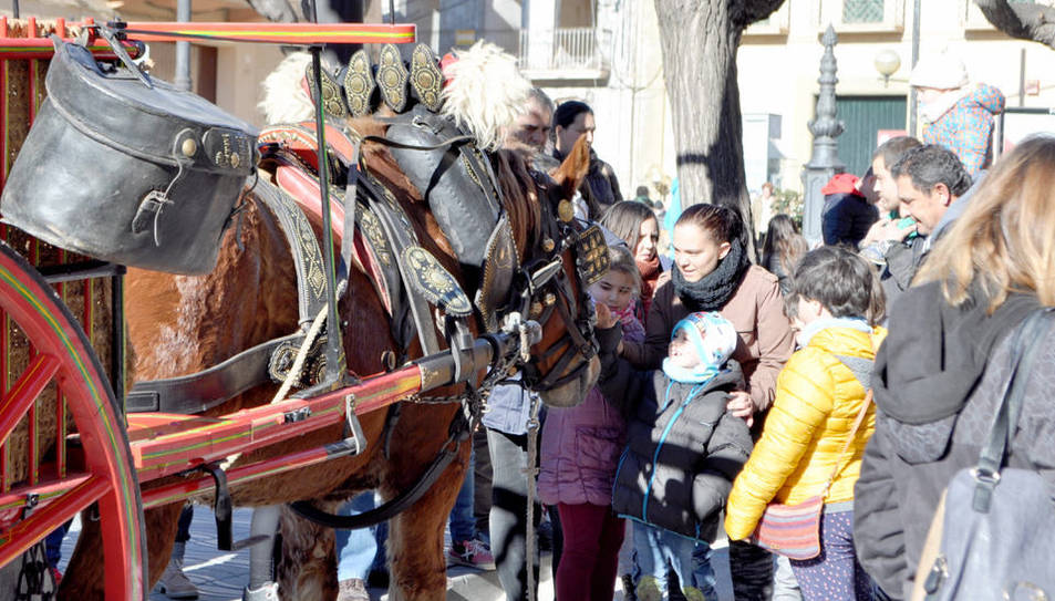 Els més petits han gaudit dels cavalls i carruatges.