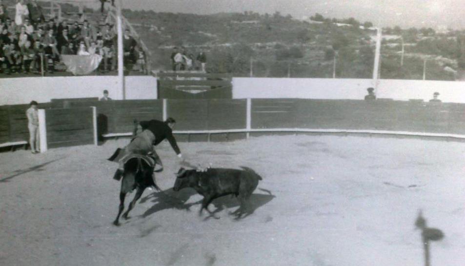 Imatge d'arxiu de la plaça de braus quan estava a ple rendiment.