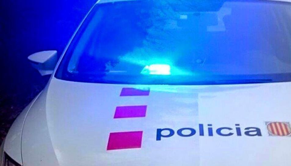 Els Mossos van localitzar el cotxe de la dona després de passar per un control.