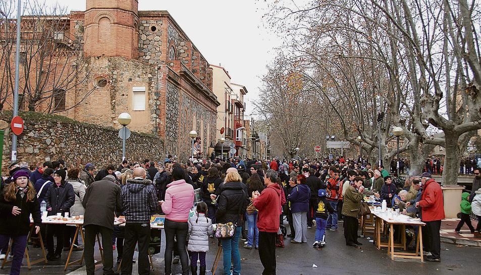 La XVI edició de la Festa de l'Oli i el Moscatell Nou es durà a terme diumenge a l'antiga bàscula.