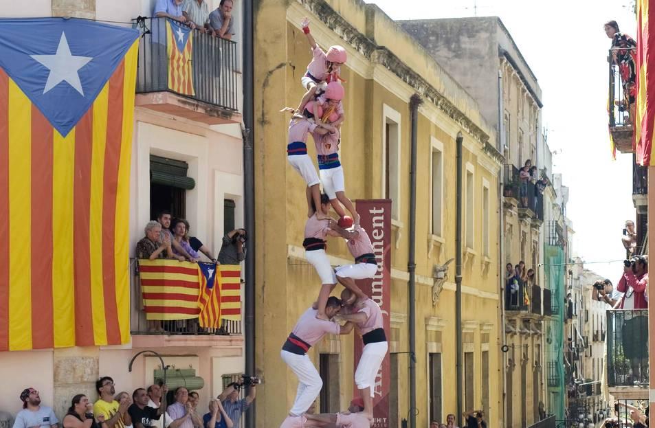 Caiguda d'una construcció dels Xiquets de Tarragona