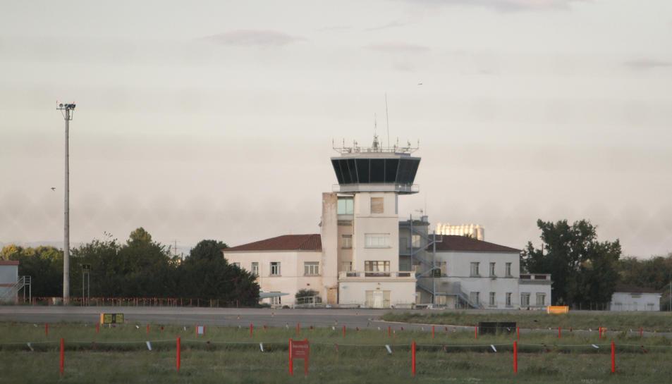 Imatge d'arxiu de la Torre de Control de l'Aeroport de Reus.