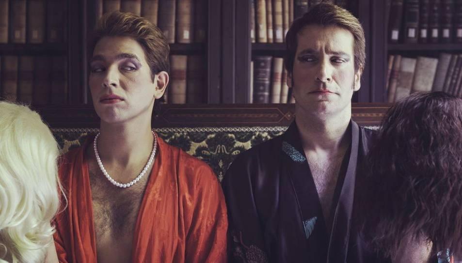 Enric Cambray i Ricard Farré duran a escena una versió del clàssic de Molière 'Les dones sàvies'.
