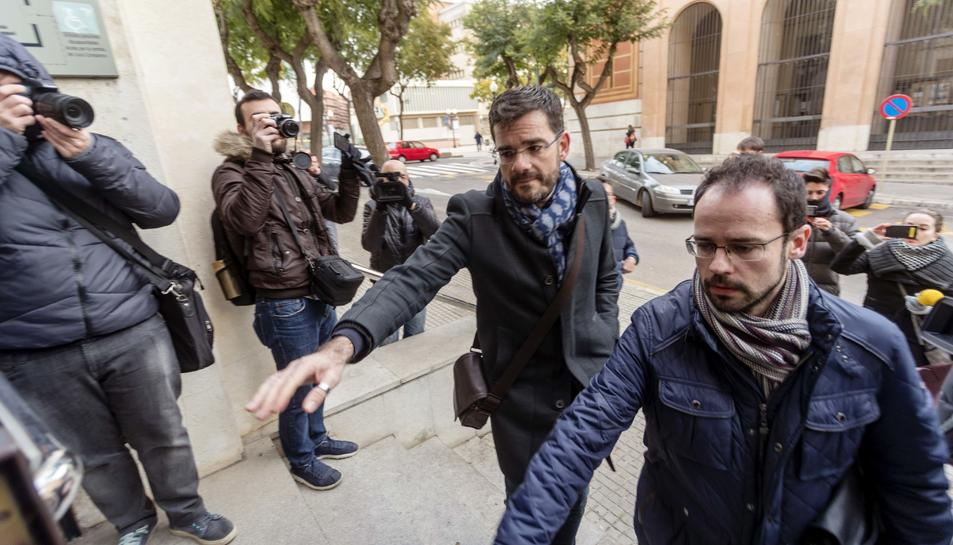 L'excap de Gabinet, Gustavo Cuadrado, arribant als jutjats.