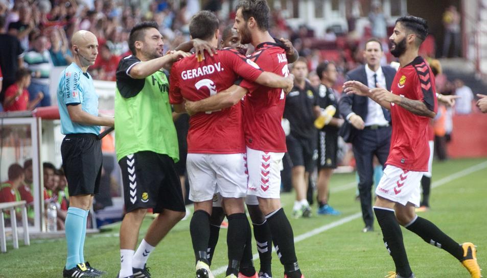 El Nàstic, celebrant un gol contra el Lugo a la primera volta.