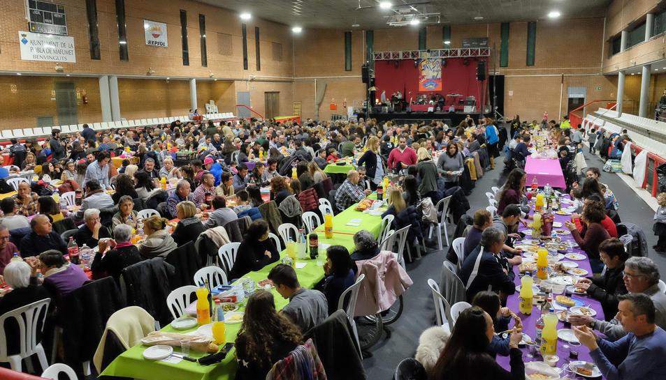 Imatge del sopar de germanor de la Festa Major d'Hivern a La Pobla.