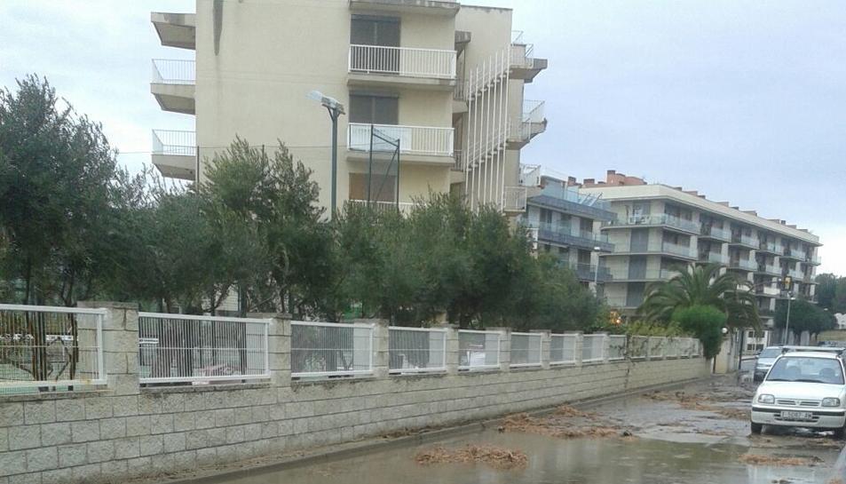 El temporal provoca desperfectos en la Costa Daurada