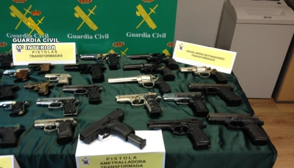 Algunes de les armes intervingudes per la Guàrdia Civil en la macrooperació contra el tràfic d'armes.