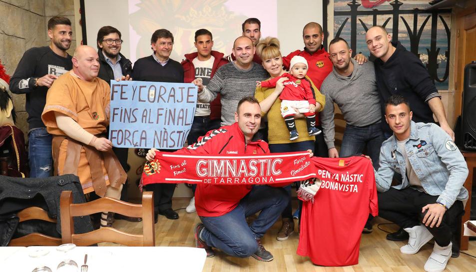 La plantilla del Nàstic inaugura la Penya Bonavista